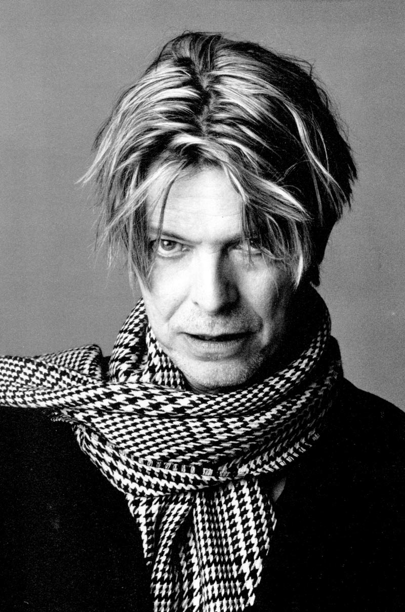 Bowie en el año 2000. Fuente: 523m.wordpress.com