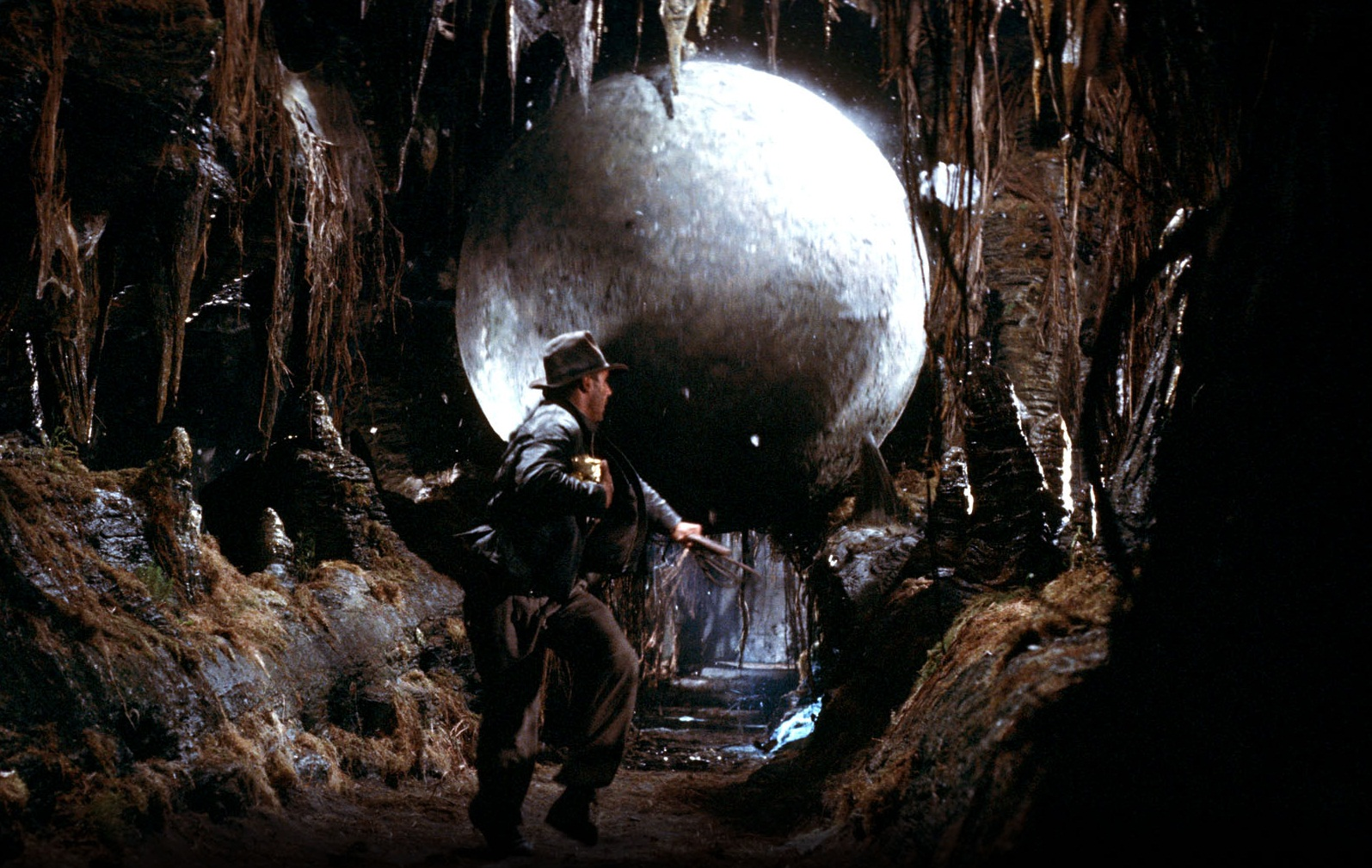 """""""Indiana Jones en busca del arca perdida"""". Fuente: www.fanpop.com"""