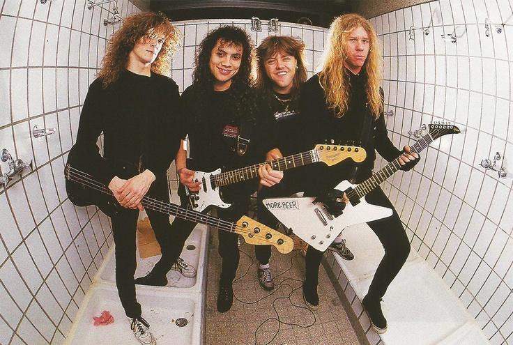 """Metallica con su nuevo bajista Jason Newsted (izquierda) durante las sesiones de """"Garage Days"""". Fuente: www.pinterest.com"""