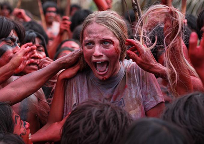 """Una escena de """"The Green Inferno"""", de Eli Roth. Fuente: www.blogs-indiewire.com"""