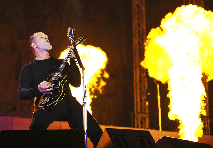 Hetfield. Jump in the Fire