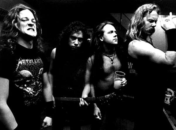 """Metallica, en una imagen promocional del """"Black Album"""". Fuente: www.cinemelodic.blogspot.com"""