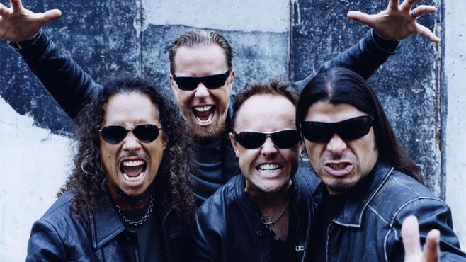 """Metallica, ya con su nuevo y actual bajista, Robert Trujillo, en las fotos promocionales de """"St. Anger"""". Fuente: www.craveonline.com"""