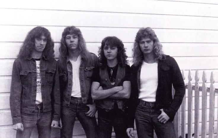 Siguiente line up, con la incorporación del bajista Cliff Burton (izquierda).