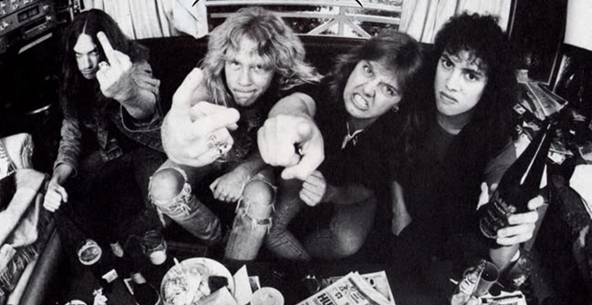 Burton, Hetfield, Ulrich y Hammet, desafiantes. Fuente: www.sonicomusica.com
