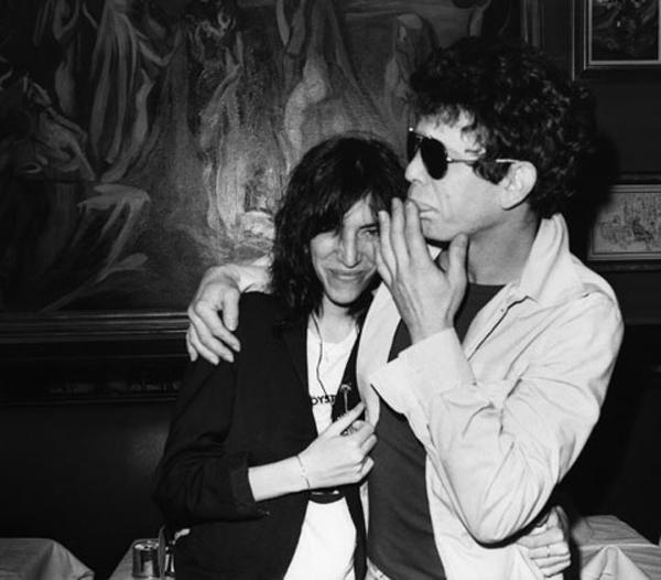 Lou Reed con Patti Smith. Fuente: www.style.com